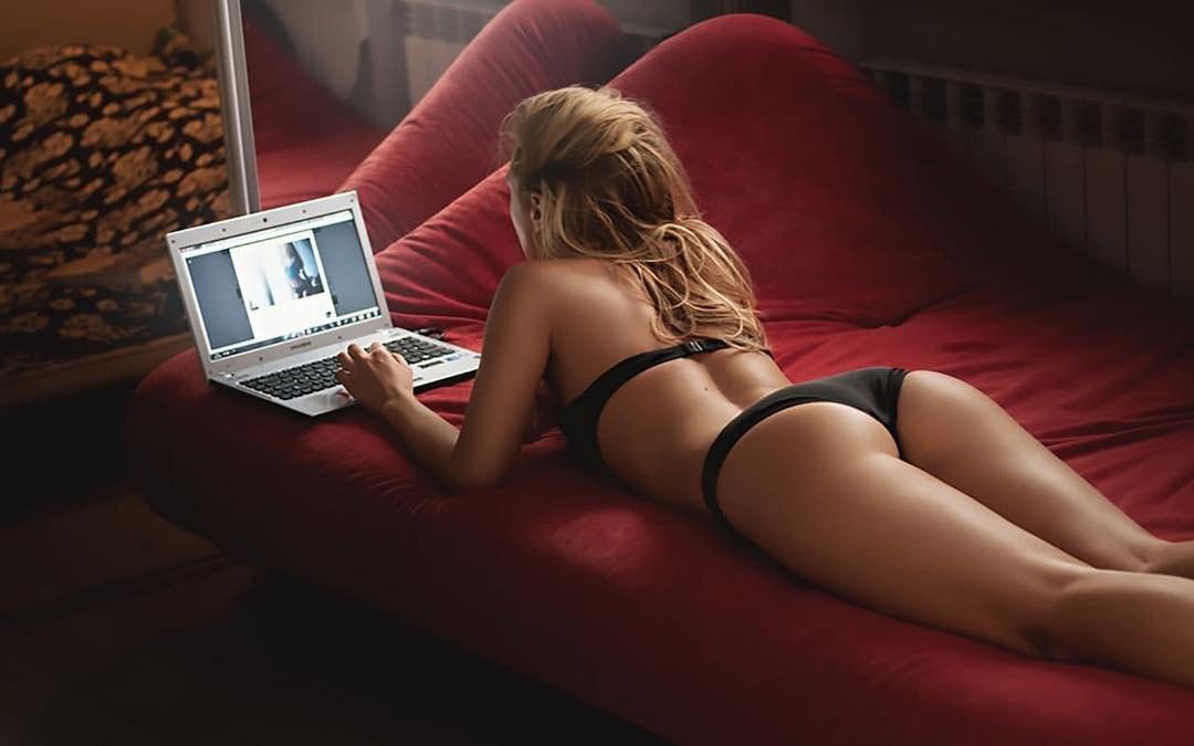 Какое порно смотрят женщины?