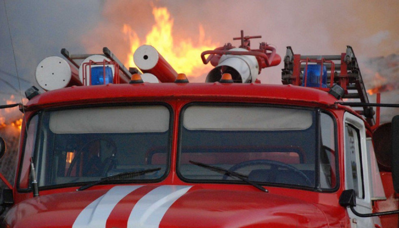 Из-за непогоды в Карелии загорелись опоры ЛЭП