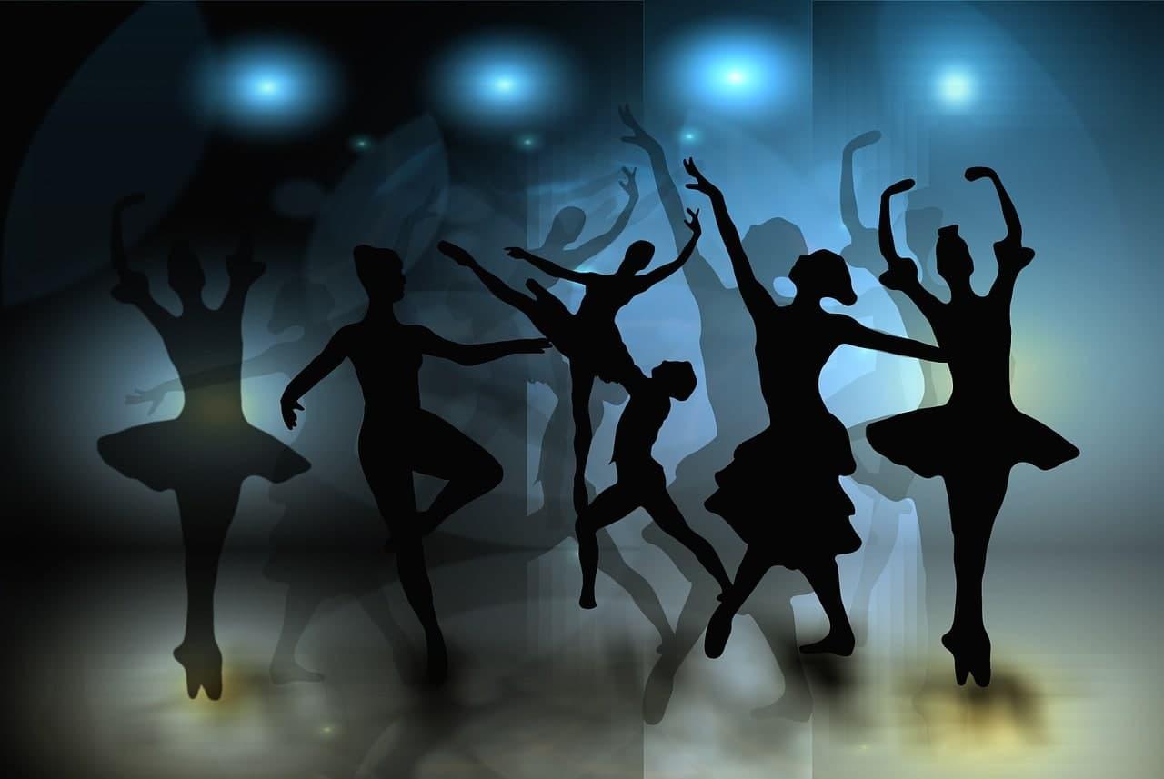 Хореограф, которой исполнилось 100 лет: Как живет, танцует и покоряет новых поклонников