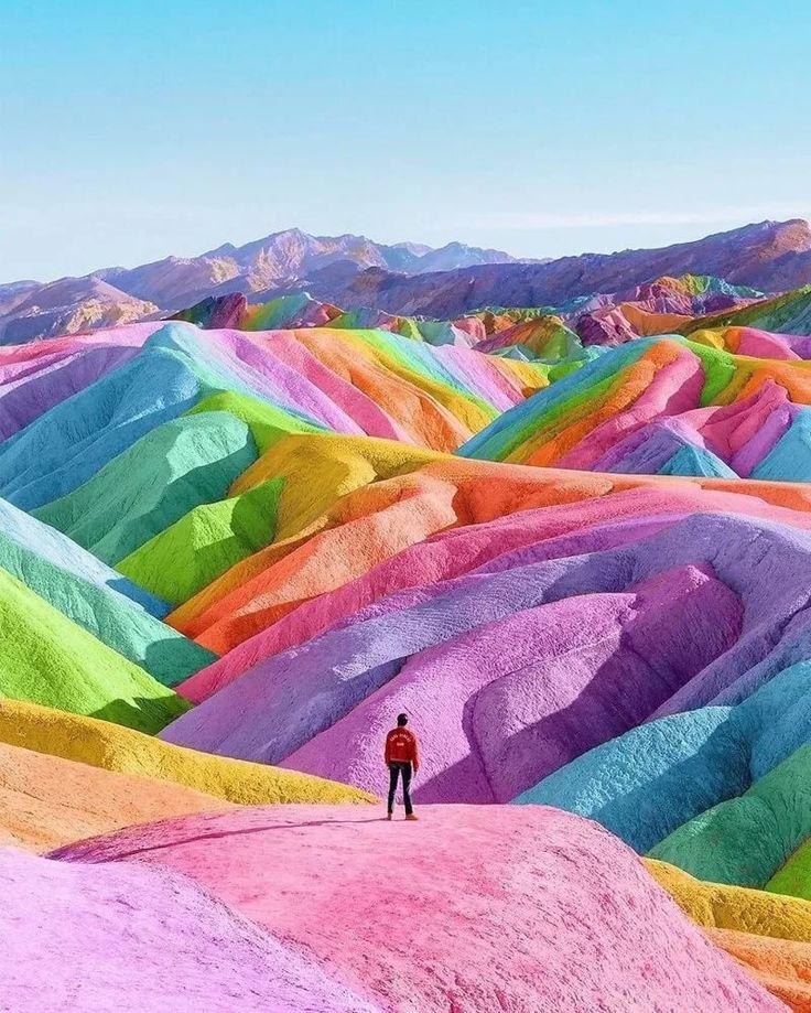 Разноцветный мир: как цвет влияет на нашу жизнь и поведение